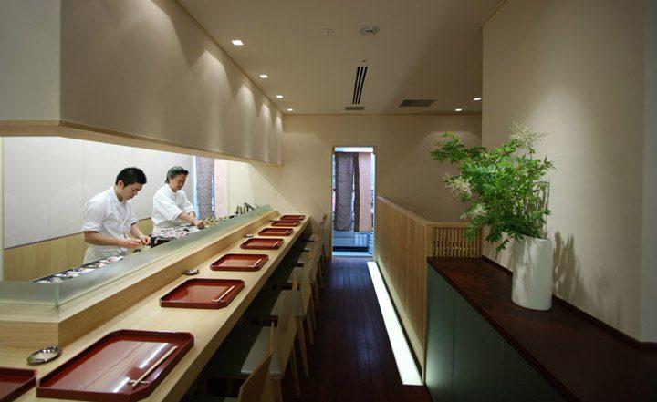 笹岡 新丸の内ビル店